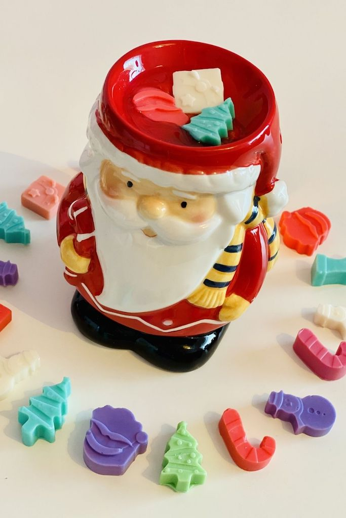DIY Christmas inspired soy wax melts