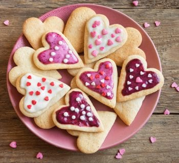 15 Delicious Valentine inspired cookie recipes