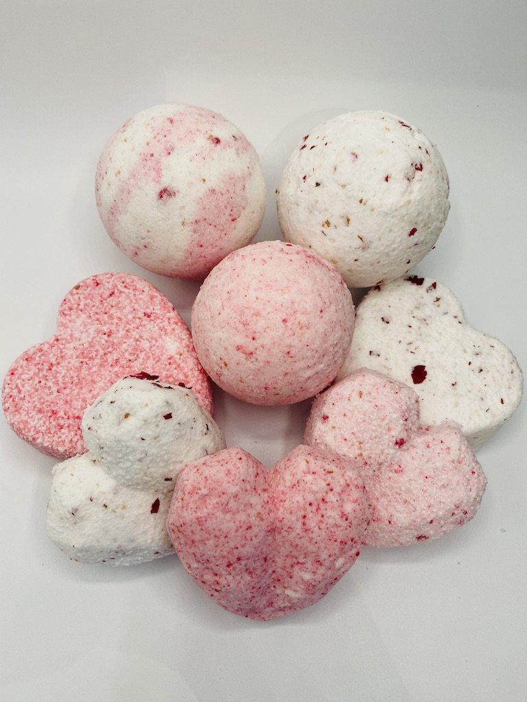 Valentine inspired bath bombs