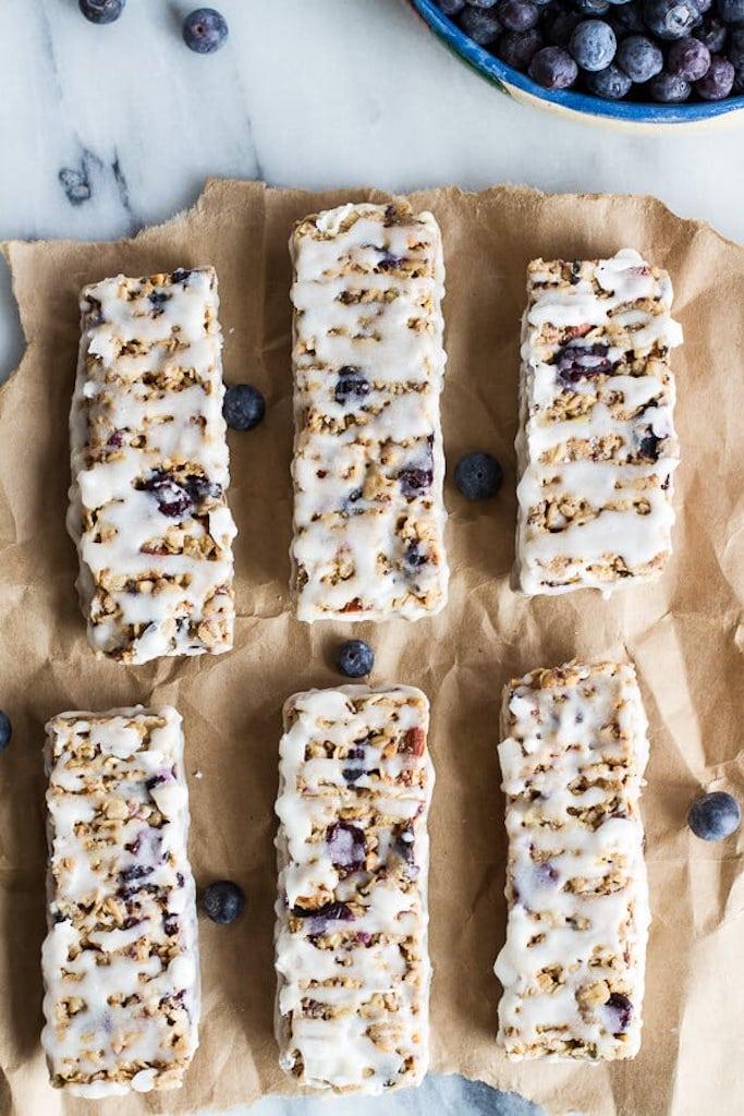 Yogurt baked oat bars